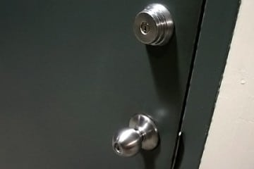 commercial locksmith Chicago